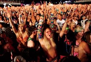 Megafestival Crowd